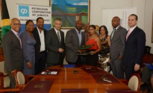 PETCOM-Signing-Apr-29